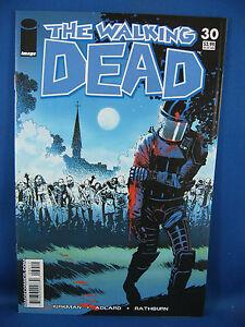 THE WALKING DEAD 30 NM 9.6 9.8 or better 2006 CRISP UNREAD