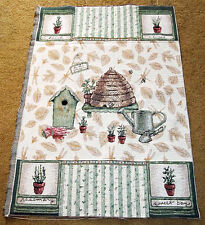Pfaltzgraff Naturewood Bee Hive Crafters Tapestry Wall Hanging Fabric Piece