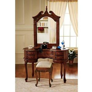 AE94543 - The Queen Anne Dressing Table and Mirror - New!