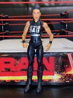 RARE WWE TAMINA SNUKA MATTEL BASIC SERIES 69 WRESTLING ACTION FIGURE