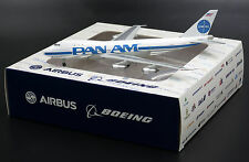 READ DESCRIPTION Pan Am Boeing 747-100 N735PA BlueBox 1:400 Diecast Models