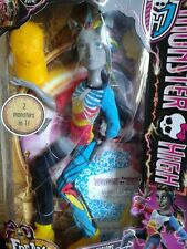 Monster high doll Neighthan Rot BNIB