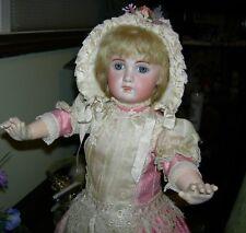 1907 TETE JUMEAU - BLUE EYES & BLONDE HAIR - ORIG BODY w/ JUMEAU LABEL - Pretty!