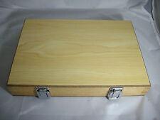 Markenlose Truhen & Kisten aus Holzfurnier