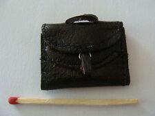 Miniature au 1/12eme, Cartable cuir  pour maison poupée, vitrine, santons