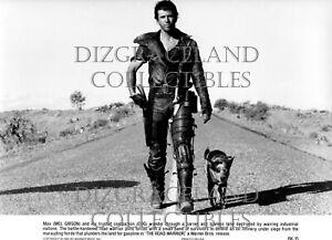 """""""The Road Warrior"""" 1982 press kit w/5 photos, Mel Gibson"""