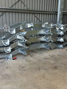 LAND ROVER DEFENDER  NEW 90 TD5 GALVANIZED RICHARD CHASSIS