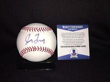 Greg Maddux Signed Official Major League Baseball Atlanta Braves HOF 14 Beckett