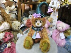 Quinn Ltd No 25  By Charlie Bears SJ6139B