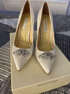 Benjamin Adams Size 4 Ivory Wedding Shoes