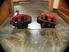 2004-2006 Pontiac GTO Pair OEM Red Brake Calipers