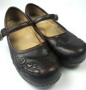 Dansko dark brown leather Mary Jane Button Strap  Shoes   Flat Size  US 6.5-7