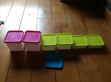 6 boîtes plastique avec couvercles