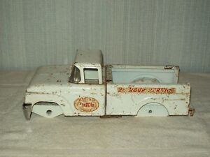 STRUCTO 1960S 1970S 24 HOUR SERVICE WRECKER TOW TRUCK CAB BED FRAME ASSEMBLY #1