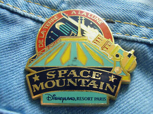 Pin Space Mountain De La Terre A La Lune Paris Frankreich