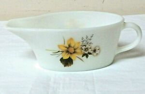 PYREX JAJ Gravey Boat Autumn Glory White Floral Made in England