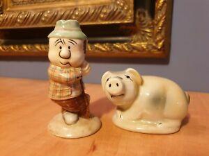 antique salt pepper pair pig farmer swineherd schwein schweinehirt Shawnee-like