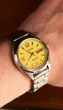 Reloj Vintage dial cuadros amarillos Citizen 8200A Wrist Watch Vintage