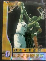 🔥1996-97 Bowman's Best Atomic Refractor #15 Hakeem Olajuwon Houston Rockets