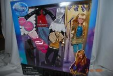 Hannah Montana Deluxe Doll and Wardrobe Set [Toy]
