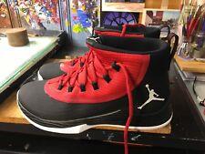 sale retailer 639e3 e029e Nike Jordan Ultra Fly 2 Negro Blanco GYM RED NIB tamaño nos 10.5 hombres  897998 001