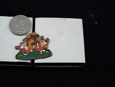 WILLABEE & WARD DISNEY PIN CHIP ' N' DALE 1943 COMES WITH COLLECTOR'S CARD