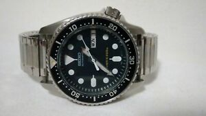 Seiko Diver Mens Watch Day & Date 7S26-0030 SKX013 Black Midsize .