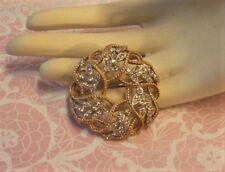 VINTAGE KRAMER Gold Tone Rhinestone Leaves Wreath Circle Ribbon Brooch Pin