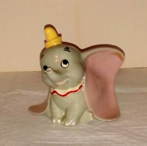 Dumbo large version of seated Dumbo scare figure nice Hagen Renaker with label