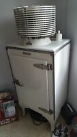 1927-1932 Vintage General Electric 'Monitor Top' refrigerator