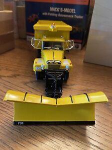 """First Gear Brockway Dump Truck w/Plow,""""Massachusetts Turnpike"""",1/34 scale"""