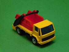 Matchbox Ford Cargo Skip Truck LKW von 1986 1:74 rote Mulde Modellfahrzeug
