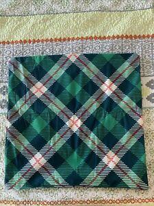 Part Buzz Throw Pillows Set Of 2 Green Plaid 18 X 18 New
