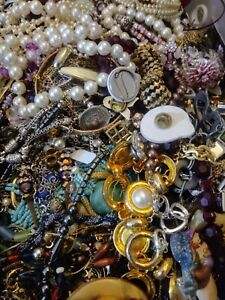 FREE SHIPPING Most Ready to Wear Repurpose Bold Color 5 Pound Lot Misc Costume Jewelry