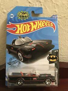 HOT WHEELS BATMAN Classic Batmobile (Plain Windows) Mint on Card