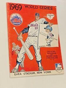 ORIGINAL 1969 BALTIMORE ORIOLES AT NEW YORK METS WORLD SERIES UNSCORED PROGRAM