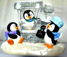 Penguin Express HALLMARK 2017 Penguins & Train Locomotive made of Ice NIB