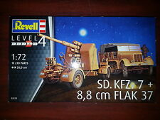 Sd. Kfz. 7 + 8,8cm FLAK 37 REVELL 1/72 PLASTIC KIT