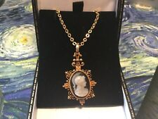 Cameo C.1880 + 18 ct chain Superb Antique French Georgian 15ct Gold Hardstone