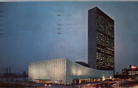 VINTAGE POSTCARD EVENING VIEW UNITED NATIONS BUILDING NEW YORK CITY 1954