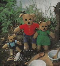 Knitting Pattern To Make Cuddly Toys 3 Bears Mammy Daddy Baby Bear & Clothes DK