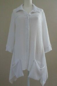 IC by CONNIE K L White Button Front Crinkle Tunic