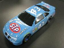 Action Pontiac Grand Prix Nascar 1996 1:24 #43 Bobby Hamilton  (DR) 1972 Blue