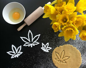 Cannabis Weed Leaf Cookie Cutter 01 | Fondant Cake Decorating