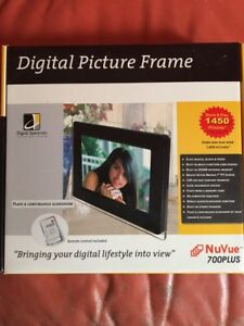 Digital picture frame by Digital Spectrum (Missing USB and Power Cord)