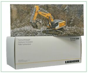WSI | 64-2002 Liebherr R970 SME Excavator 1:50 Scale