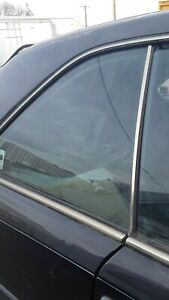 1989 Mercedes Benz 300ce Left Rear Vent Glass/Window