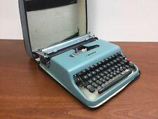 Vintage Underwood Olivetti Lettera 22 Portable Typewriter W/ Case & WORKS BLUE!
