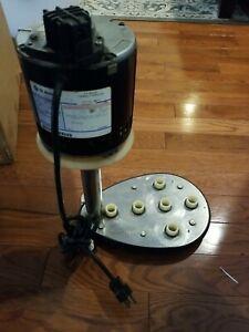 Doll-Flynn Bar Maid 1/3 HP 110 V Motor Heavy Duty Upright Glass Washer. Works