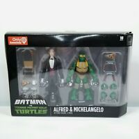 GameStop Batman VS Teenage Mutant Ninja Turtles Alfred & Michelangelo 2-Pack